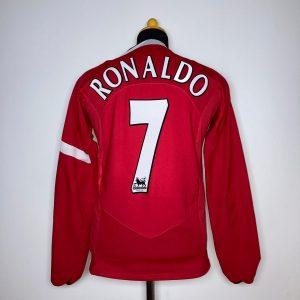 CLASSICSOCCERSHIRT.COM 2004 06 Manchester United Home Ronaldo 7