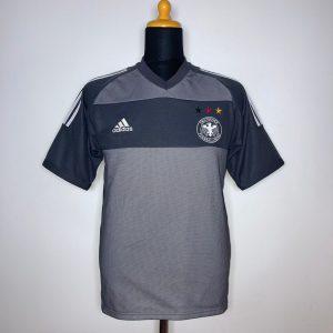 CLASSICSOCCERSHIRT.COM 2002 04 Germany Away