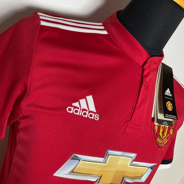 CLASSICSOCCERSHIRT.COM 2017 18 Manchester United Home McTominay 2