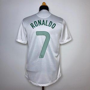 CLASSICSOCERSHIRT.COM 2012 13 Portugal Away Ronaldo